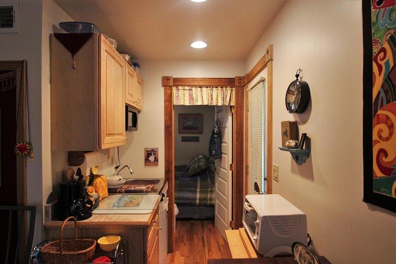 Indoors,Furniture,Hardwood,Flooring,Room