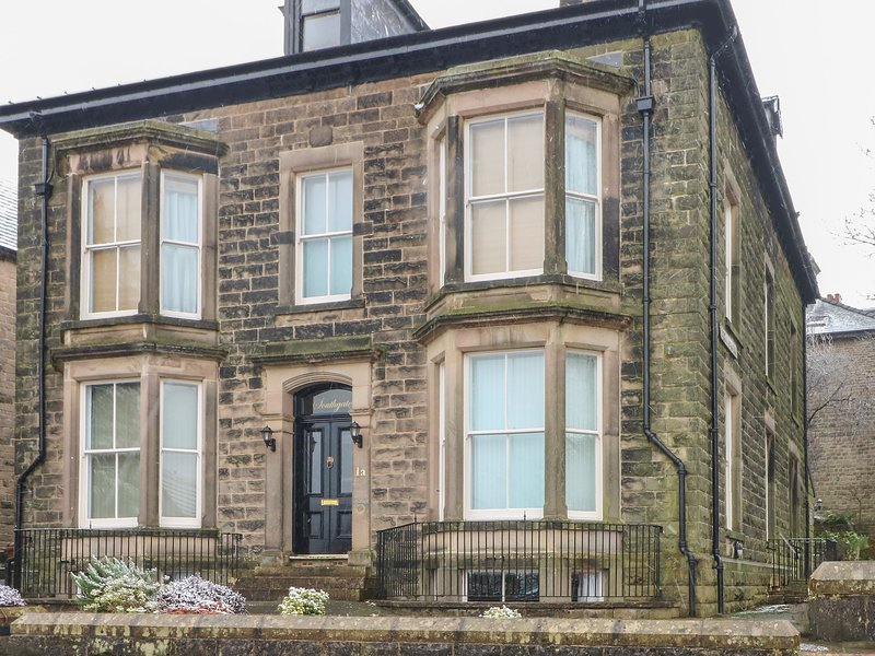 1 SOUTHGATE, first-class accommodation, walking distance of town amenities, holiday rental in Buxton
