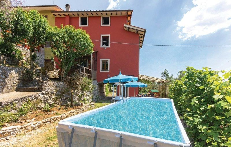 Amazing house with garden & Wifi, holiday rental in Orbicciano