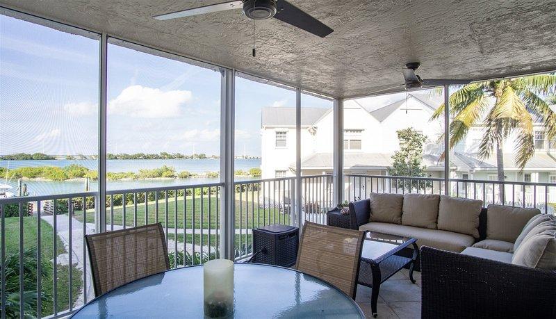 Marina Villa Soleil 3bed/2bath Marina Condo Duck Key, holiday rental in Duck Key