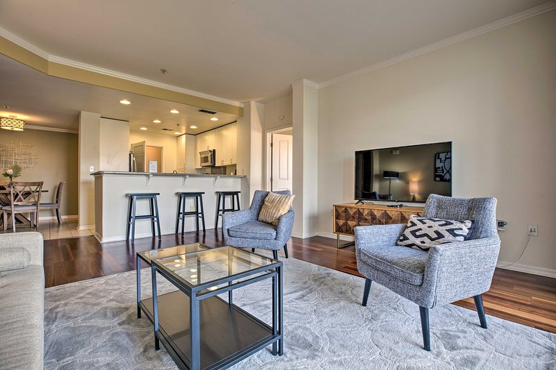 NEW! Resort-Style Rivermark Retreat 2 Mi to Levi's, alquiler de vacaciones en Santa Clara