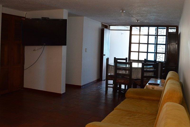 Private room very close to the center, holiday rental in Tunja