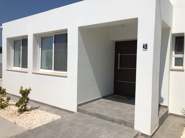 New Stunning 2 Bedroom Bungalow With Private Pool In The Heart Of Coral Bay Updated 2021 Tripadvisor Coral Bay Vacation Rental