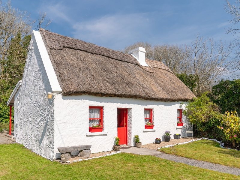 The Neale, holiday rental in Castletownshend