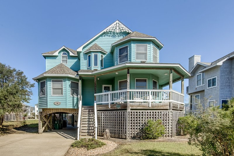 Victorian Secret | 350 ft from the beach | Hot Tub, Community Pool | Corolla, holiday rental in Corolla