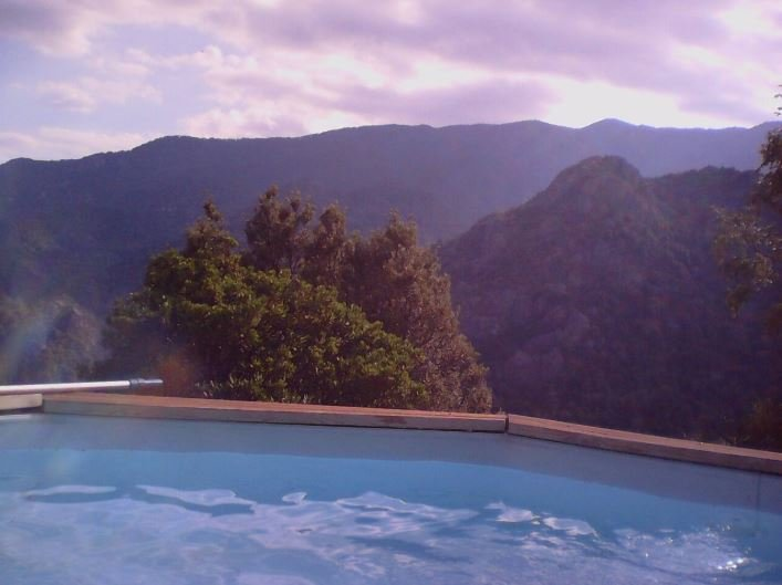 Amazing villa with swimming-pool, vacation rental in Ghisoni
