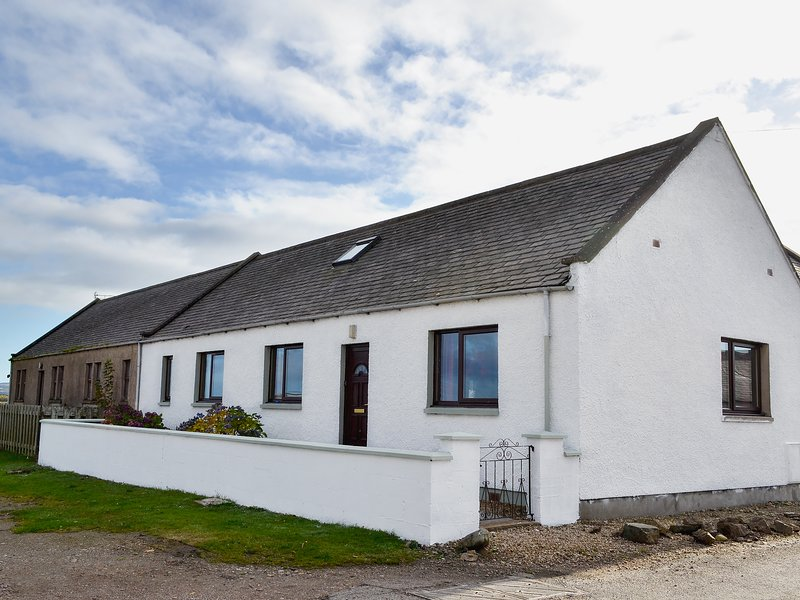 Firth View, holiday rental in Clochan