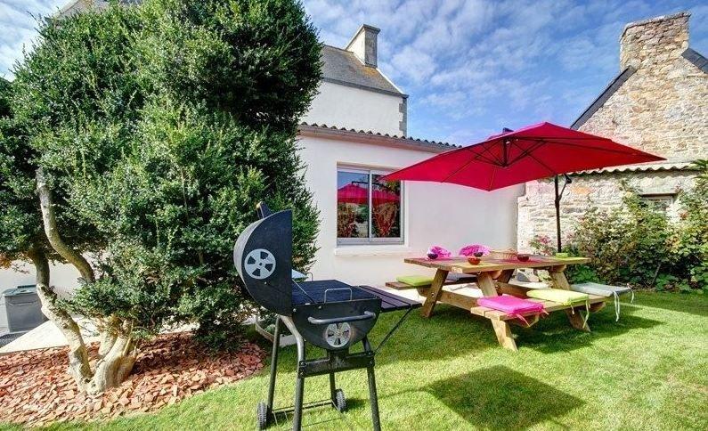 Amazing house with garden & terrace, location de vacances à Santec