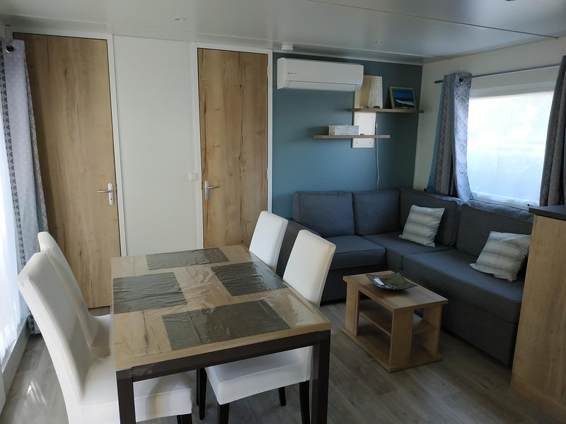 Location Mobil Home haute et basse saison, vacation rental in Gastes