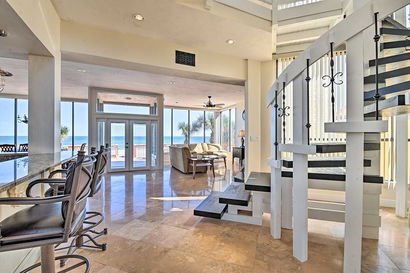 Oceanfront House by Ponce Inlet on No-Drive Beach!, vacation rental in Ponce Inlet