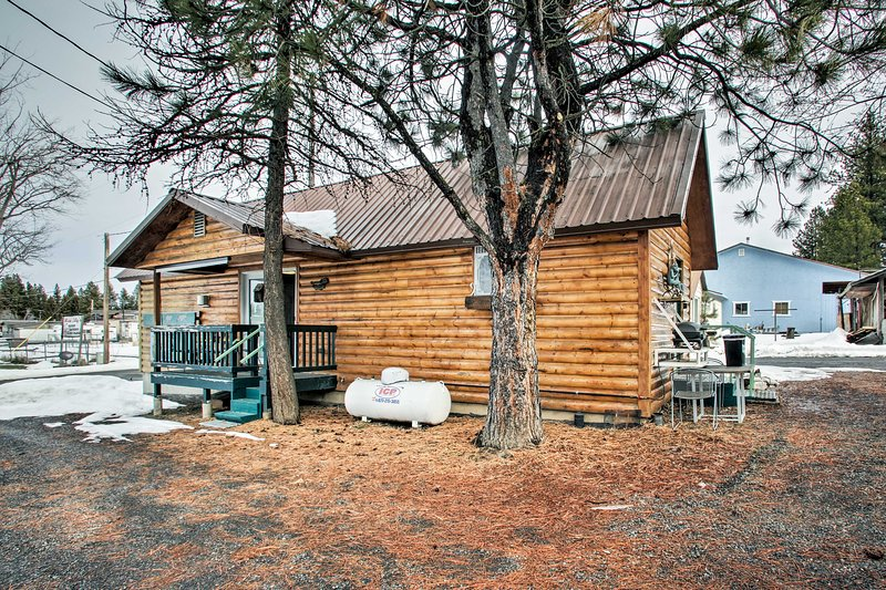 NEW! Winchester Lake Cabin: Hunting/Fishing Haven!, holiday rental in Winchester