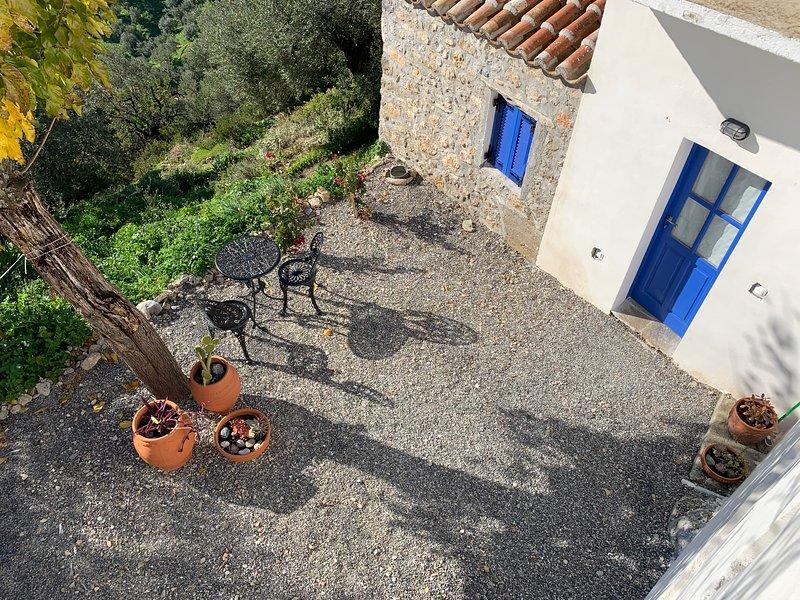 The Donkey House, Pragmateftis, Leonidio, casa vacanza a Leonidio