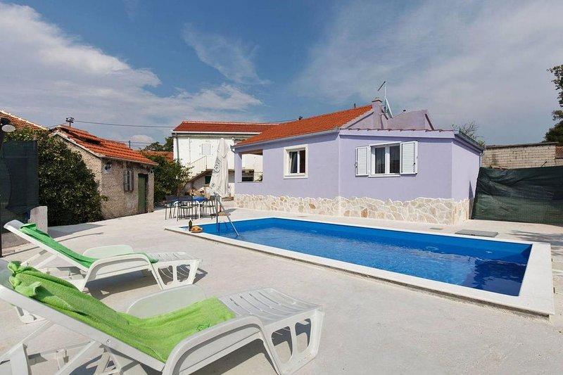 Two bedroom house Vinišće, Trogir (K-17012), holiday rental in Vinisce
