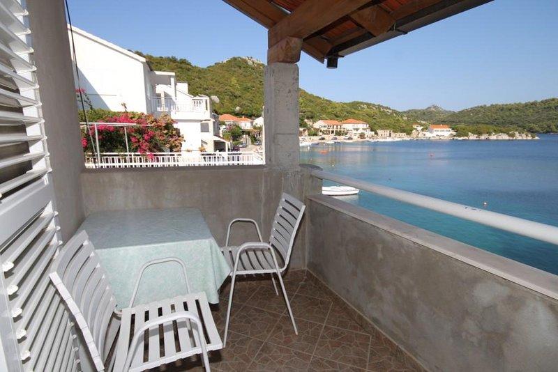 Sveti Jurje Apartment Sleeps 2 with Air Con - 5468341, aluguéis de temporada em Ubli