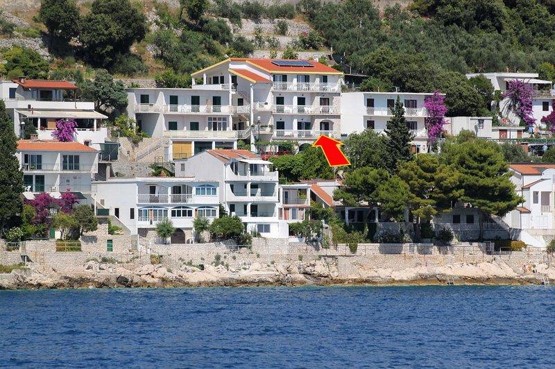 Veli Drvenik Apartment Sleeps 3 with Air Con - 5463545, casa vacanza a Drvenik