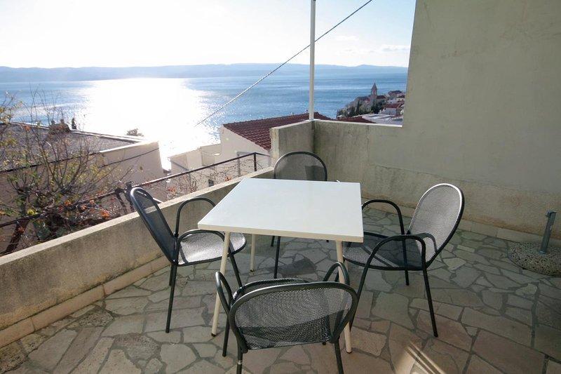 Fistanici Apartment Sleeps 6 with Air Con - 5465191, location de vacances à Slime