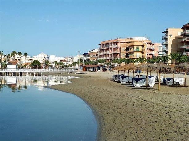 Apparemment à 200 mètres de la plage, location de vacances à San Pedro del Pinatar