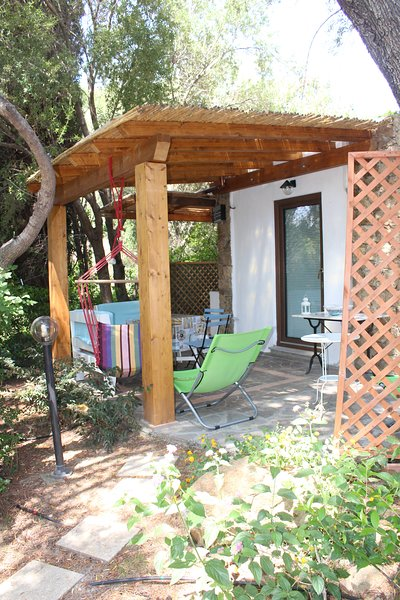 Camera 'il carrubo', vacation rental in Baunei