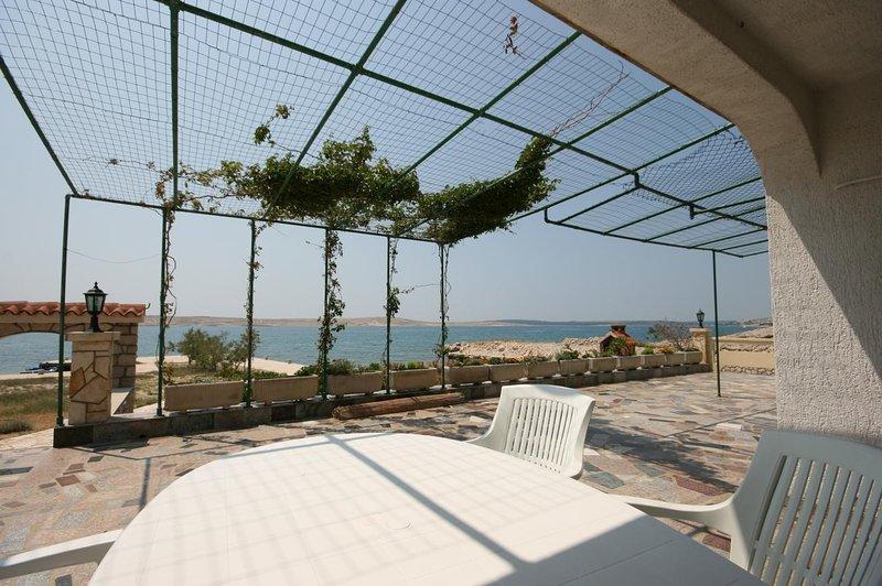 Vidalici Apartment Sleeps 4 with Air Con - 5466040, vacation rental in Vidalici