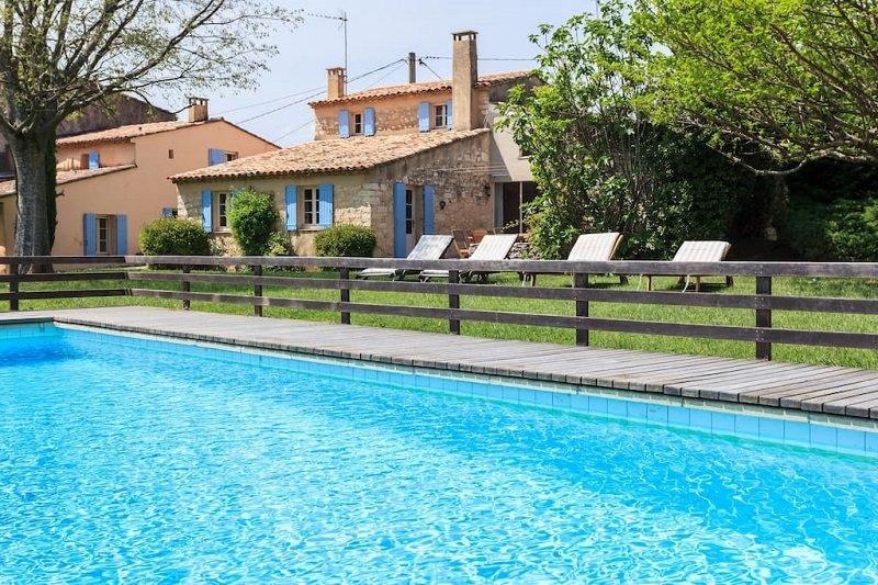 Saint-Jean-Cap-Ferrat Villa Sleeps 10 with Pool and WiFi - 5822332, holiday rental in Caseneuve