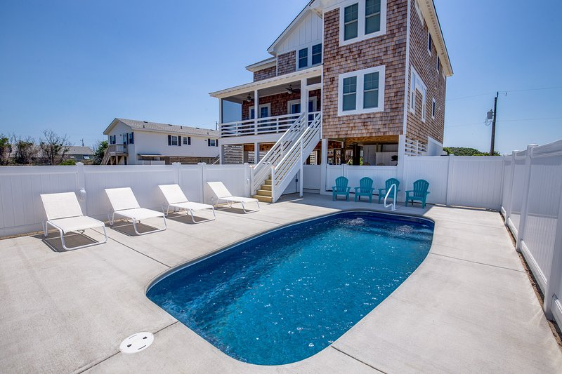 Catching Rays | 598 ft from the beach | Private Pool | Kill Devil Hills, holiday rental in Kill Devil Hills