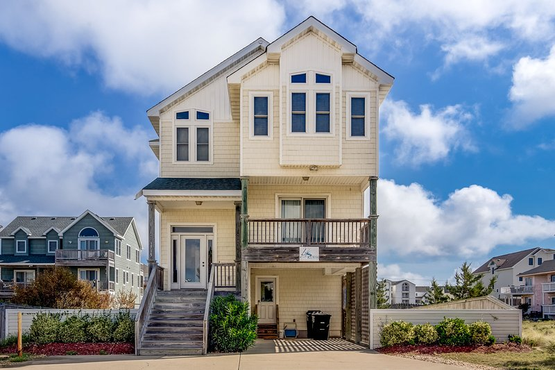Ocean's Nine West | 1087 ft from the beach | Private Pool, Hot Tub | Kill Devil, holiday rental in Kill Devil Hills