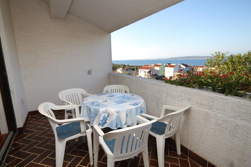 Dobropoljana Apartment Sleeps 5 with Air Con - 5578563, holiday rental in Dobropoljana