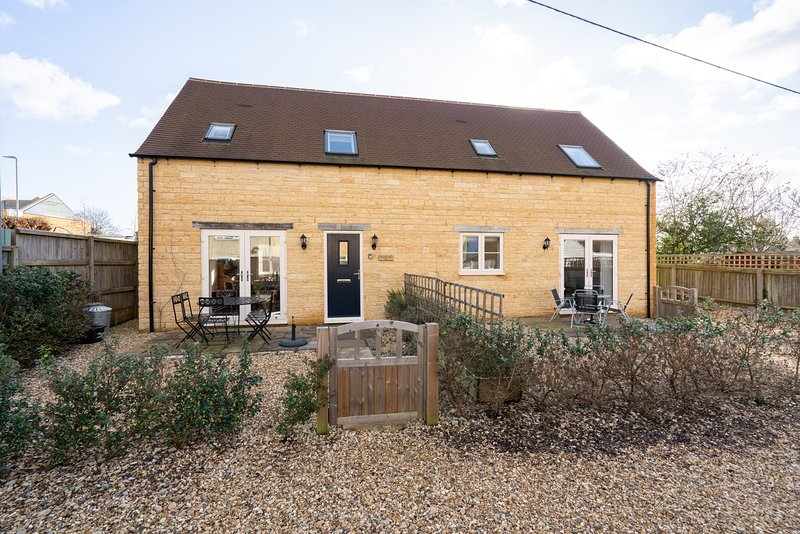 Lavender Barn West, Bourton on the water, great location rental with internet, casa vacanza a The Slaughters