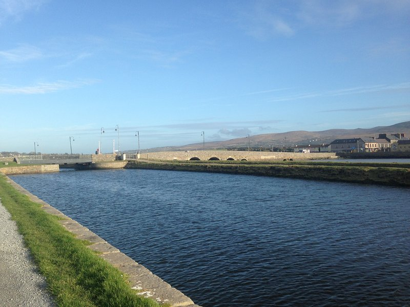 Tralee to Blennerville canal walk - 3km water side path taking you into Tralee bay.