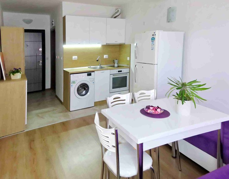 Modern Studio With Sea View Close To The Beach, holiday rental in Burgas