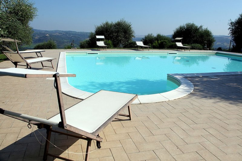 Piagge Cottage Sleeps 15 with Pool - 5711287, location de vacances à Seggiano