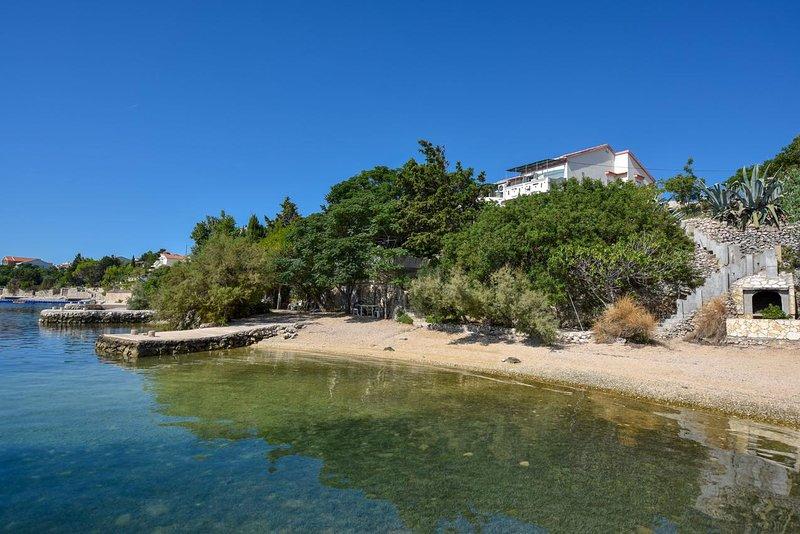 Caska Apartment Sleeps 4 with Air Con - 5466139, vacation rental in Vidalici