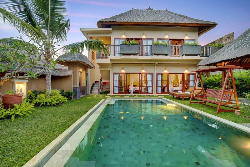 4 Bedroom with Private Pool Villa - Breakfast, holiday rental in Batuan