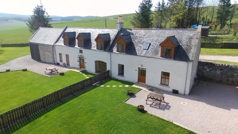 Moray Cottages - Stable Cottage, holiday rental in Archiestown