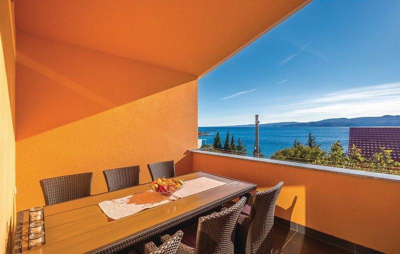 Plitka Draga Apartment Sleeps 5 with Air Con - 5817788, Ferienwohnung in Ribarica