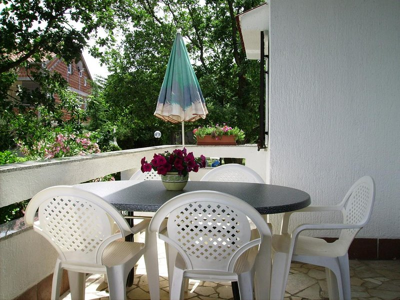 Sveti Anton Apartment Sleeps 5 - 5464151, location de vacances à Sveti Anton