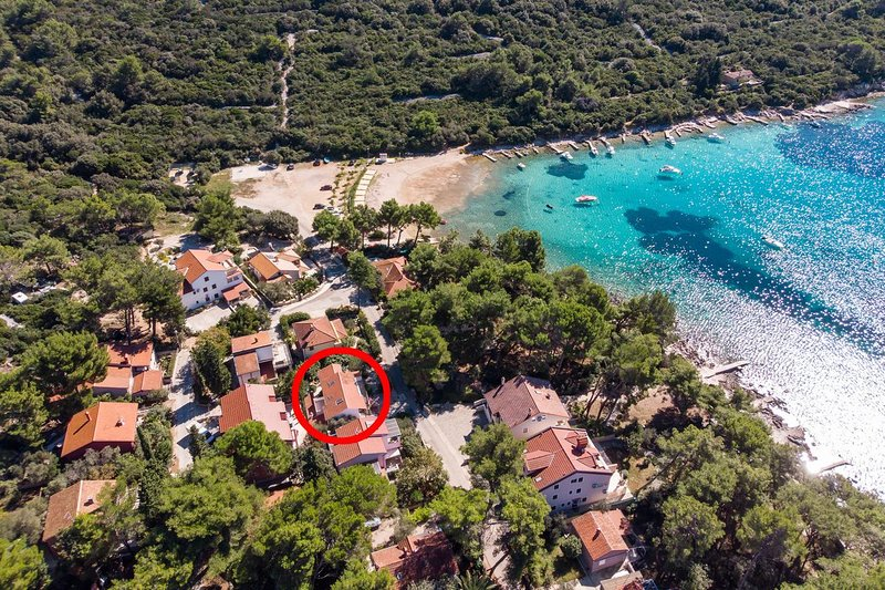 Mali Losinj Apartment Sleeps 4 with Air Con - 5467814, location de vacances à Lošinj Island