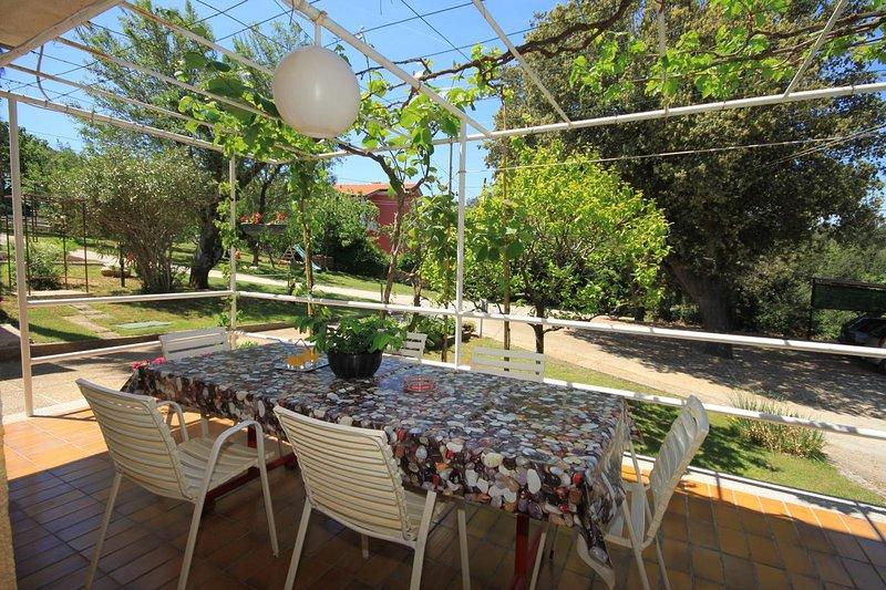 Banjole Apartment Sleeps 6 with Air Con - 5460493, casa vacanza a Banjole