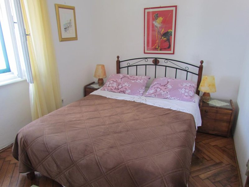 Opatija Apartment Sleeps 2 with Air Con - 5467712, holiday rental in Pobri