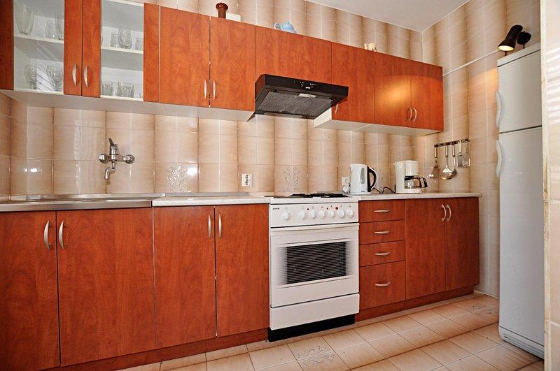 Holiday home 143600 - Holiday apartment 126258, location de vacances à Promajna