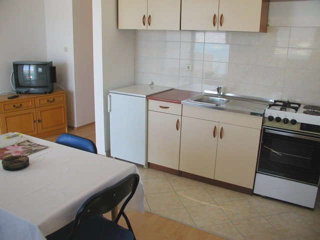 Holiday home 108766 - Holiday apartment 8858, holiday rental in Zedno