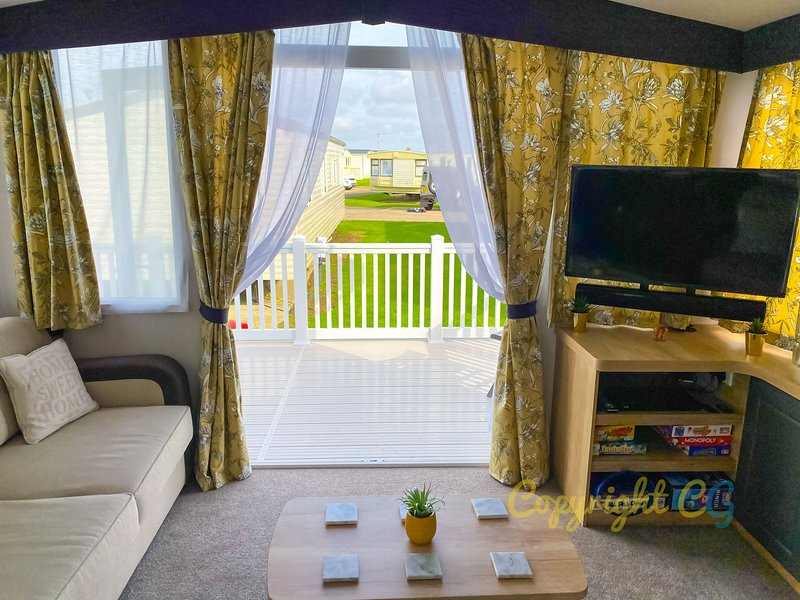 MP413 - Camber Sands Holiday Park - Smart TV's - Close to Facilities - Free Wifi, Ferienwohnung in Lydd