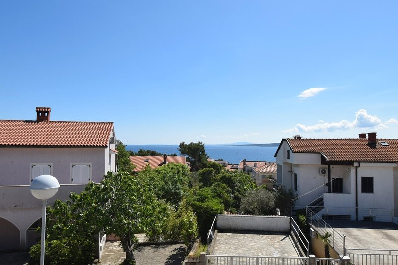 Holiday home 194268 - Holiday apartment 235635, casa vacanza a Vrbnik