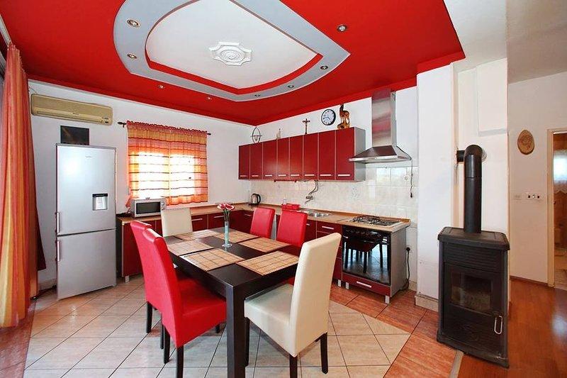 Holiday home 187227 - Holiday apartment 219282, alquiler vacacional en Bibinje