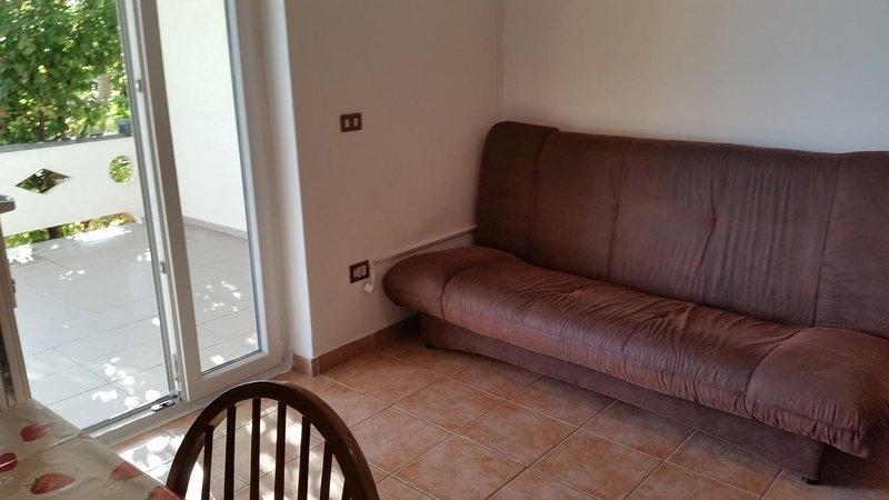 Vidalici Apartment Sleeps 6 with Air Con - 5810920, vacation rental in Vidalici