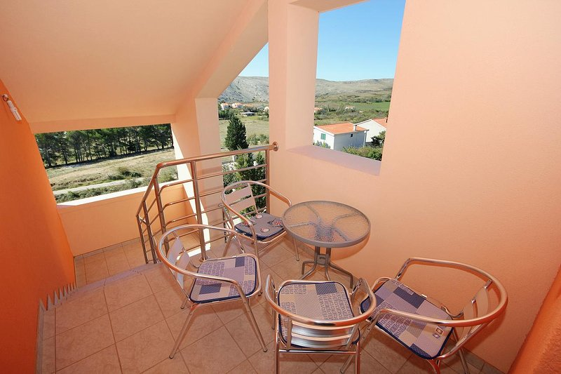 Vlasici Apartment Sleeps 3 with Air Con - 5469422, casa vacanza a Vlasici
