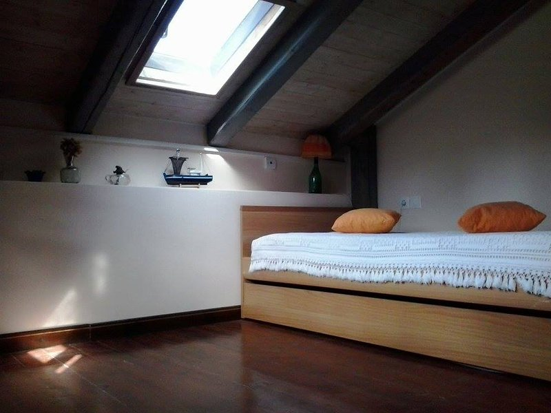 OLD FARM HOUSE, holiday rental in Lagopodo