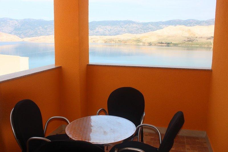 Holiday home 146993 - Holiday apartment 131951, location de vacances à Bosana