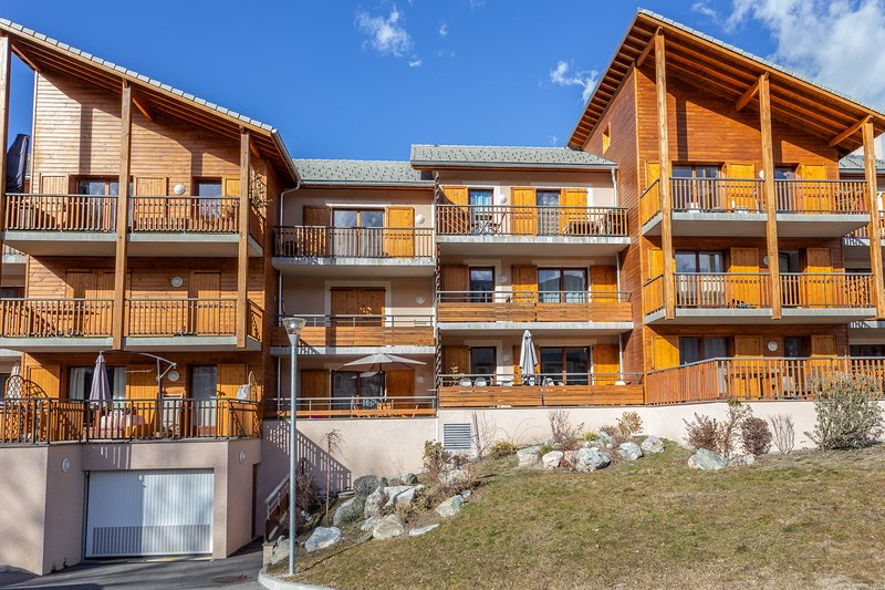 Apartment with mountain view, aluguéis de temporada em Guillestre