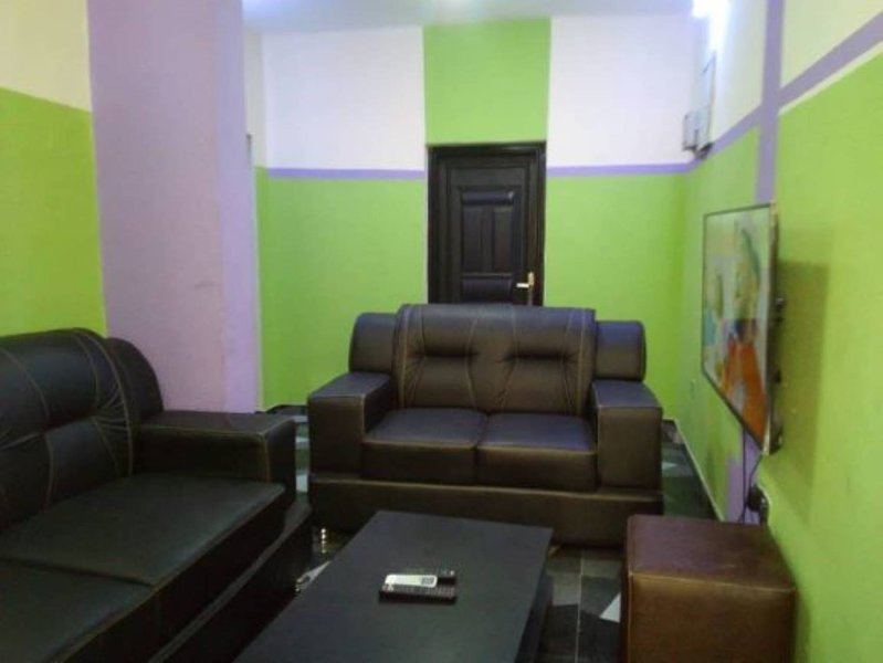 Flourish Apartment (Newly Refurbished), holiday rental in Lagos State